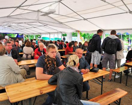 Festival Austerlitz, één van de feesttenten tijdens het festival