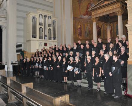 koorreis berlijn, concert in de Nikolaikirche Potsdam met Wim Magre