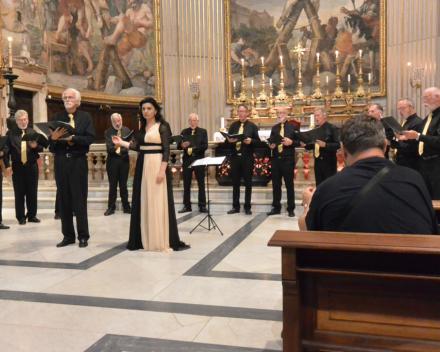 Concert in de Santa Andrea Della Valle, Sopraan Nana Tchikhinashvili met het Byzantijns MK Friesland