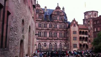 [binnenplaats van het slot Heidelberg]