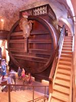 Reusachtig wijnvat in het slot van Heidelberg]