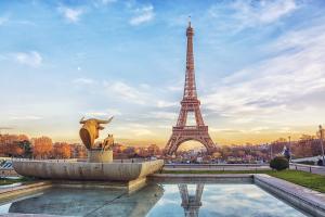 Vier samen met Minne Veldman zijn 25-jarig jubileum in Parijs. 14 en 15 juni 2019